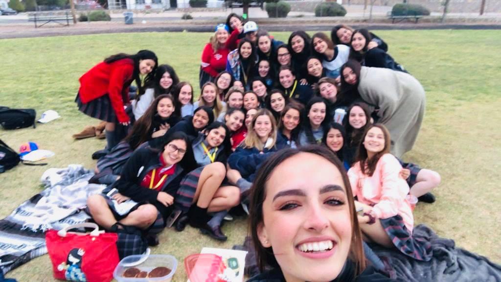 Seniors celebrated their annual senior sunrise.  The purpose is to bond and enjoy time together.  Photo courtesy of Ilse Navarro.