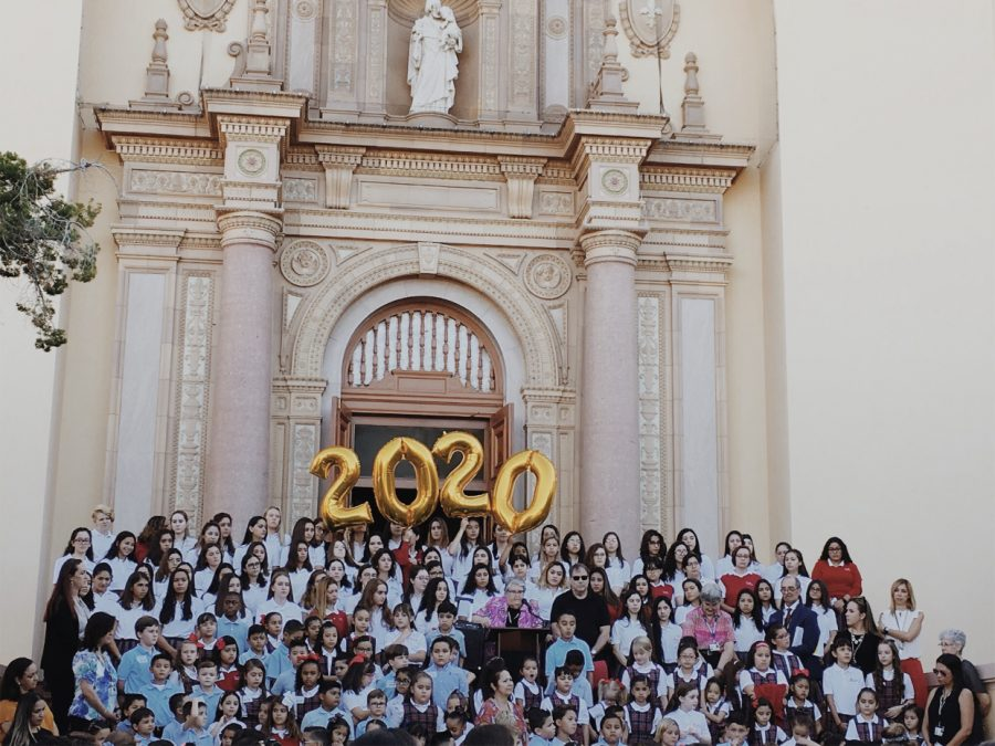 The+class+of+2020%27s+first+day+of+school+at+Loretto+Academy.+All+of+the+girls+were+anxiously+waiting+to+start+their+last+year+of+high+school.+Photo+courtesy+of+Sophia+Navarro.