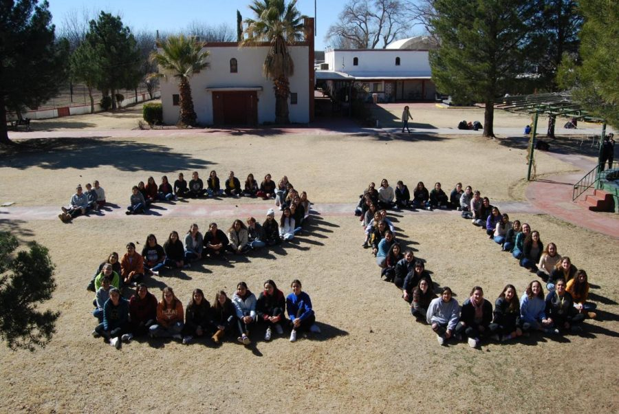The class of 2020 at the senior retreat. One of the last moments the class spent together. Photo courtesy of Victoria DuBois.